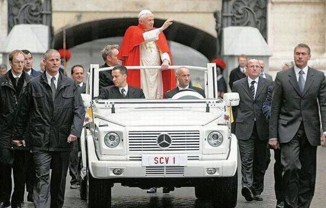 历史上著名的教皇版奔驰G级