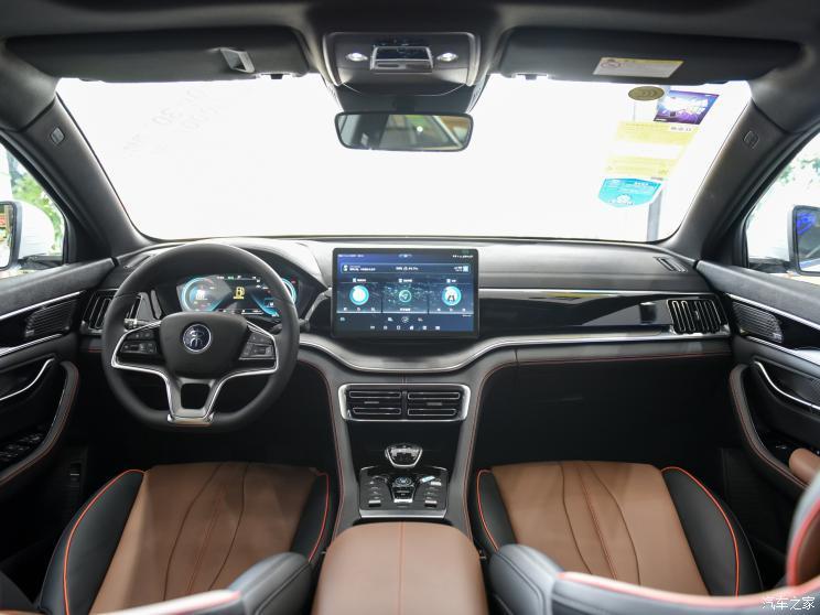 比亚迪 宋PLUS 2020款 1.5T 自动旗舰型