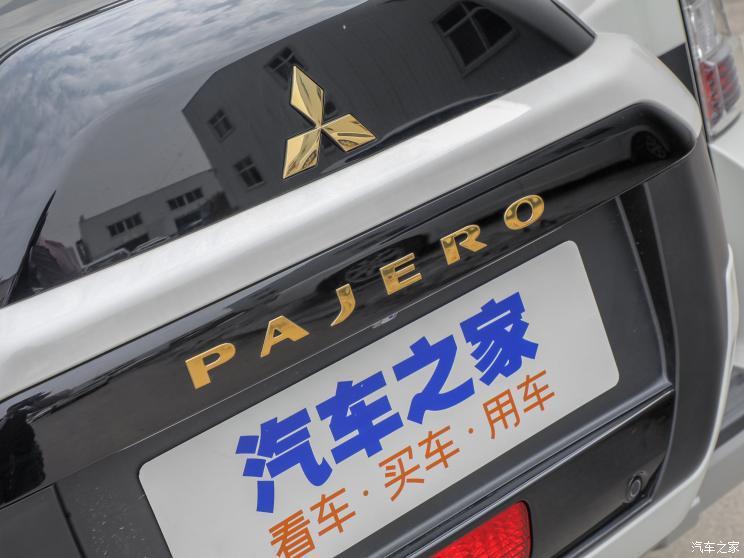 三菱(进口) 帕杰罗(进口) 2020款 典藏版 3.0L 自动舒适越野版