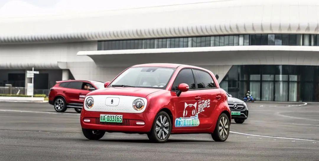 8萬元精品純電微型車對比,這三款誰才是城市通勤代步好手?