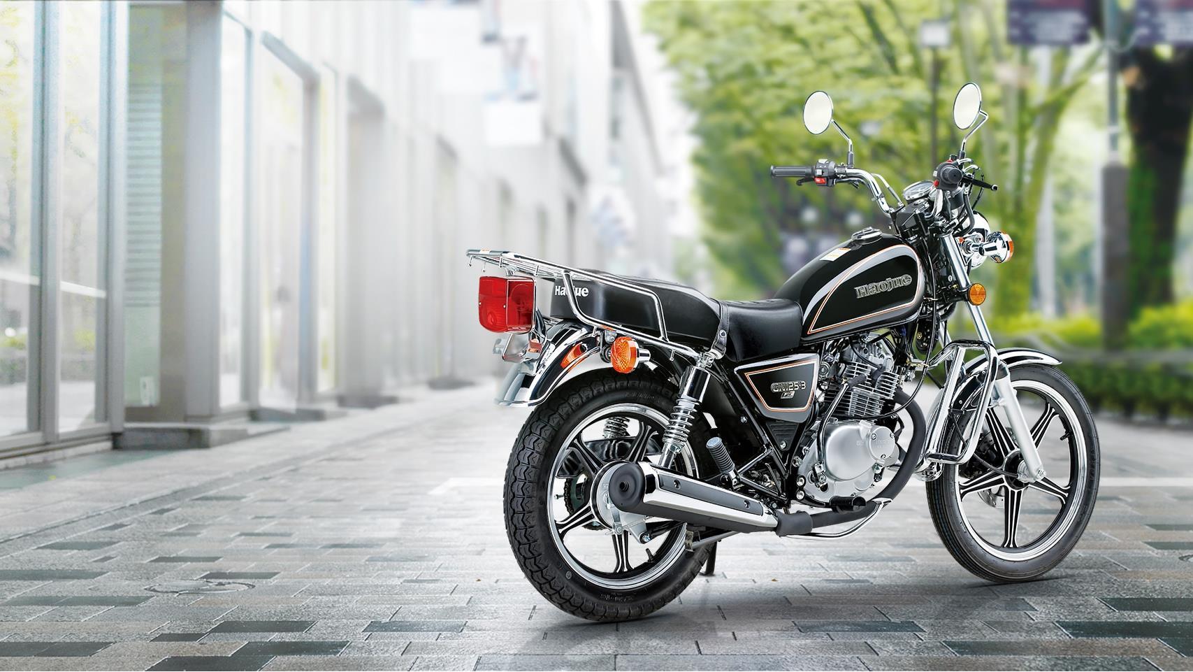 經典太子摩托,高手把低坐姿坐騎舒服,實用性寬泛代步馱人馱東西