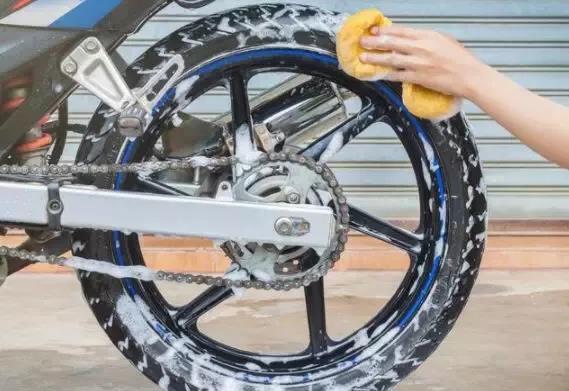清洗摩托車的正確姿勢,讓你的愛車永葆青春、健康!