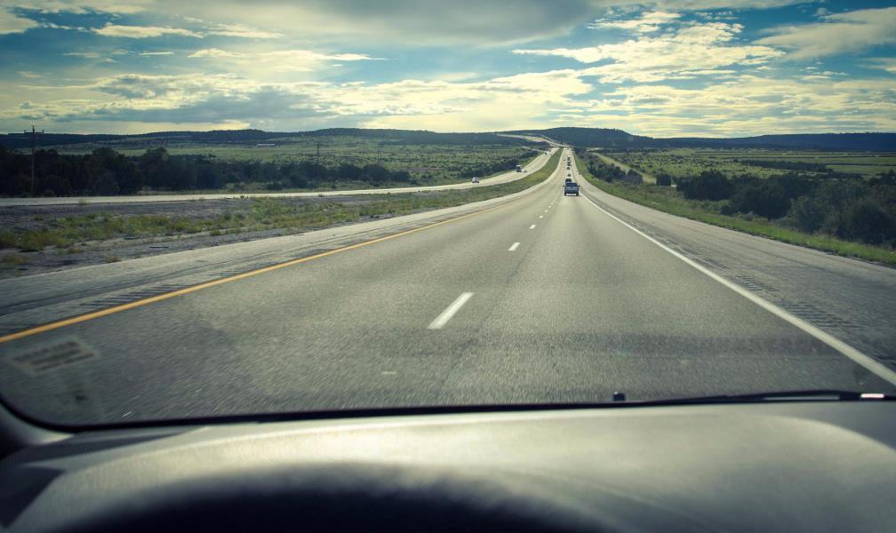 高速上车速多少更省油?内行人进行了解答:不是120也不是80