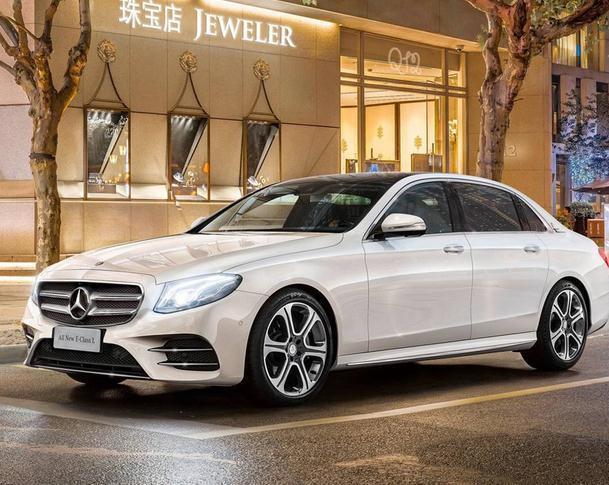 这4款豪华大轿车,据说40岁能开上的,都是人生赢家!