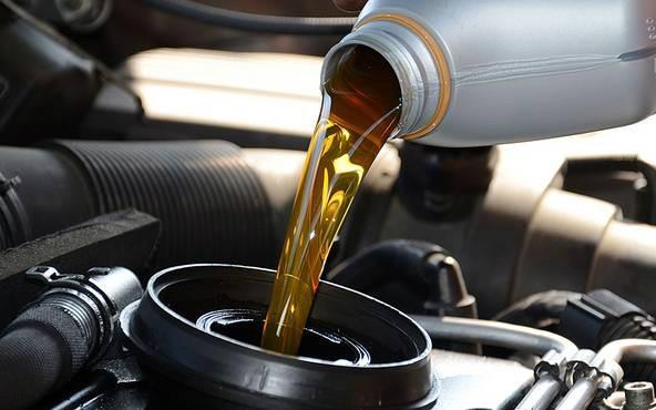 美孚、嘉實多和殼牌,用車保養該選哪個品牌的機油?