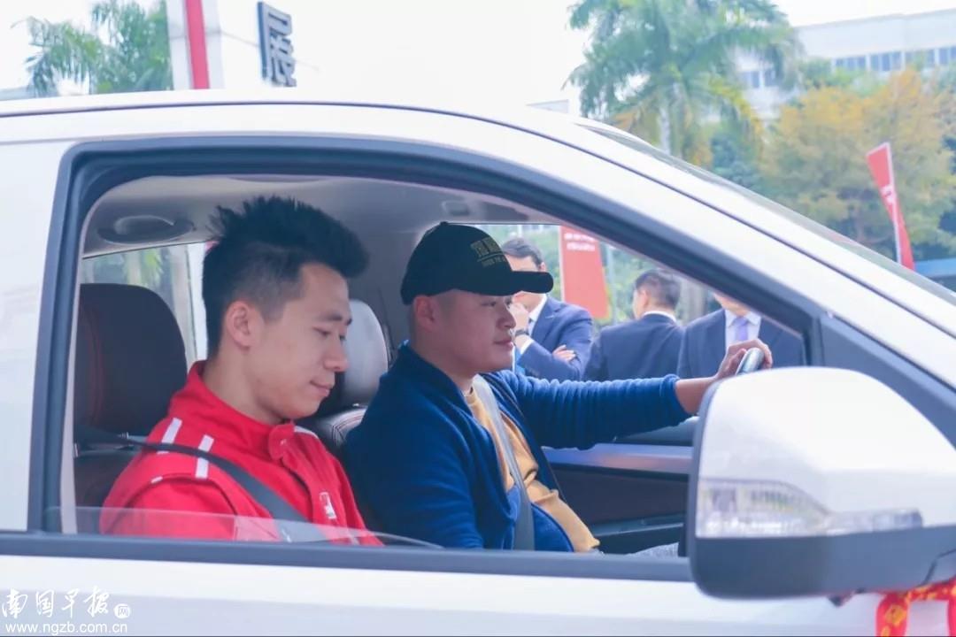 載客拉貨樣樣拿手,慶鈴帶來皮卡大咖——TAGA達咖
