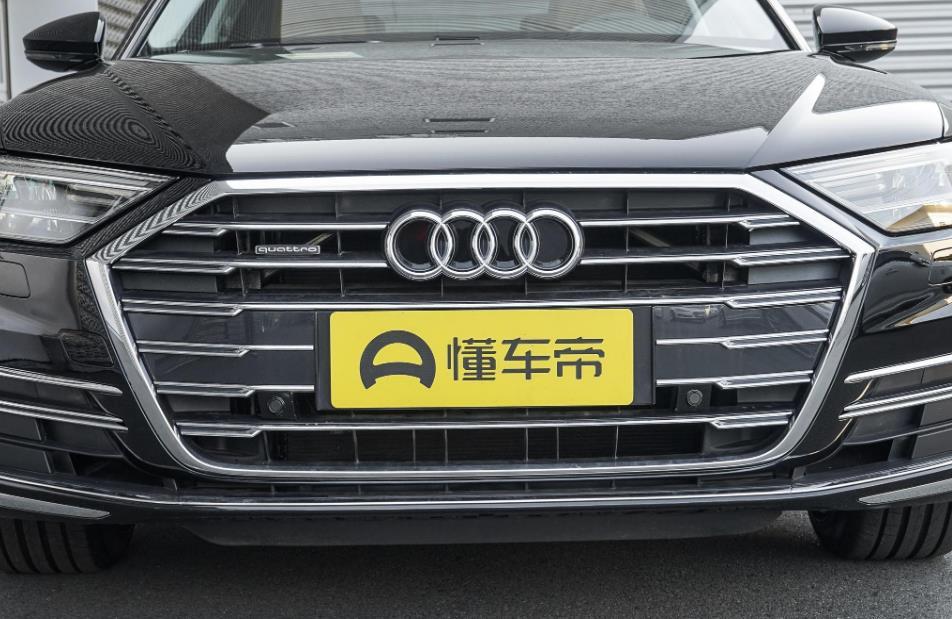 性能商務車,奧迪A8車長5.3米,標配3.0T 48V輕混