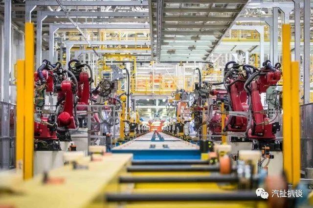 比哈弗H6智能,源自寶馬技術支持,中華V6 SUV 十萬元最佳選擇