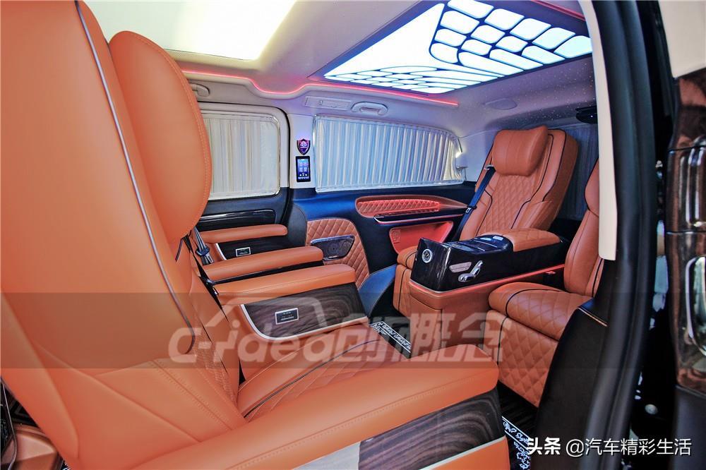 奔驰威霆升级奔驰V260仪表台,工艺精湛