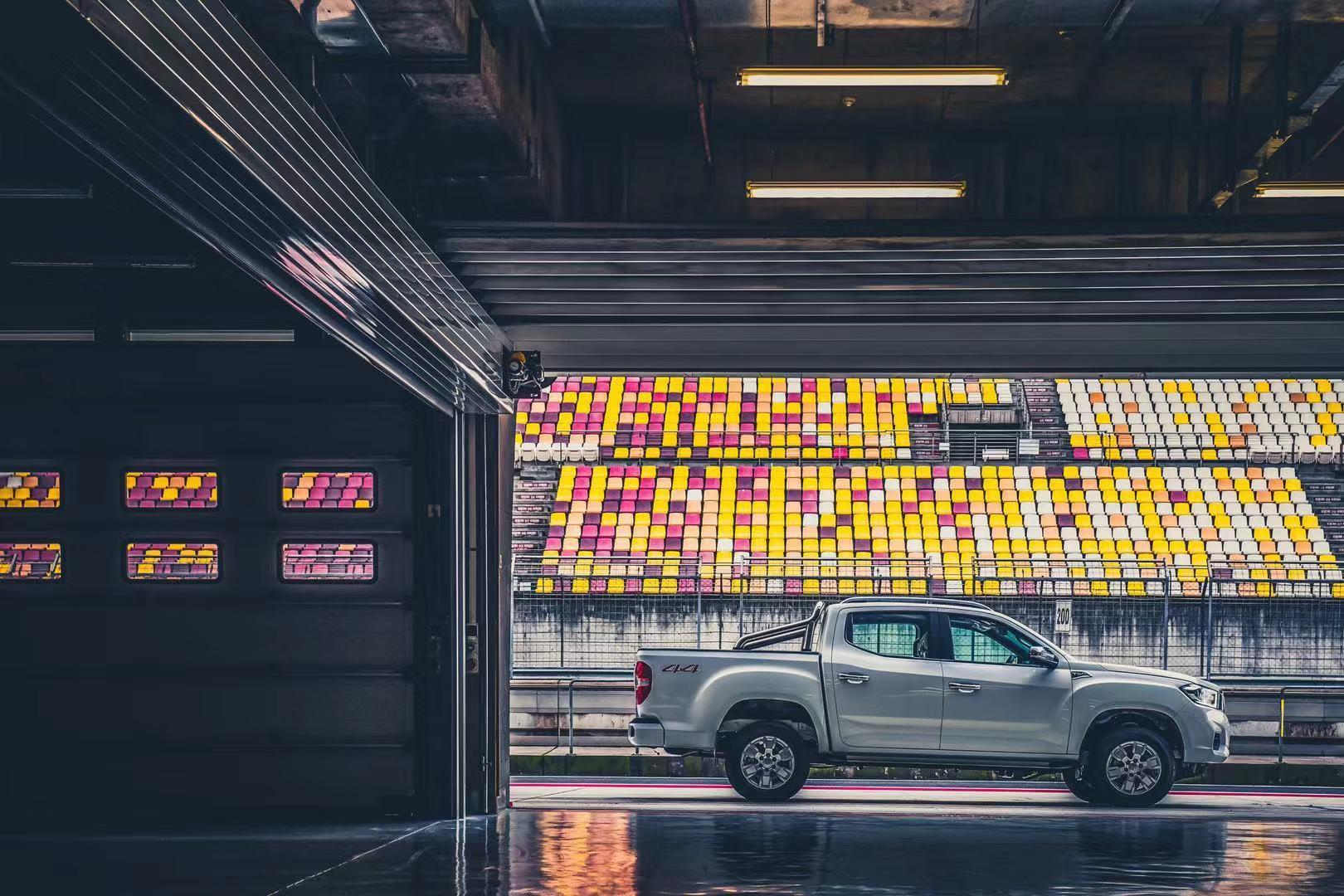 10.78万买自动挡越野大皮卡,2.0T 6AT,满足柴油国六b