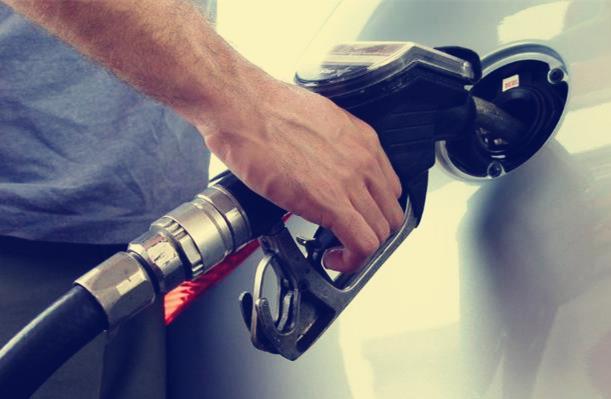 宇通客车49座油箱能加多少油 宇通客车59座每小时用油多少【轿车年代网】