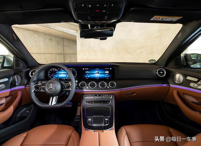 新款奔驰E级海外售价公布,造型向S级靠拢,内搭双联屏